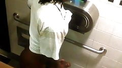 Str8 spy guy in public toilet