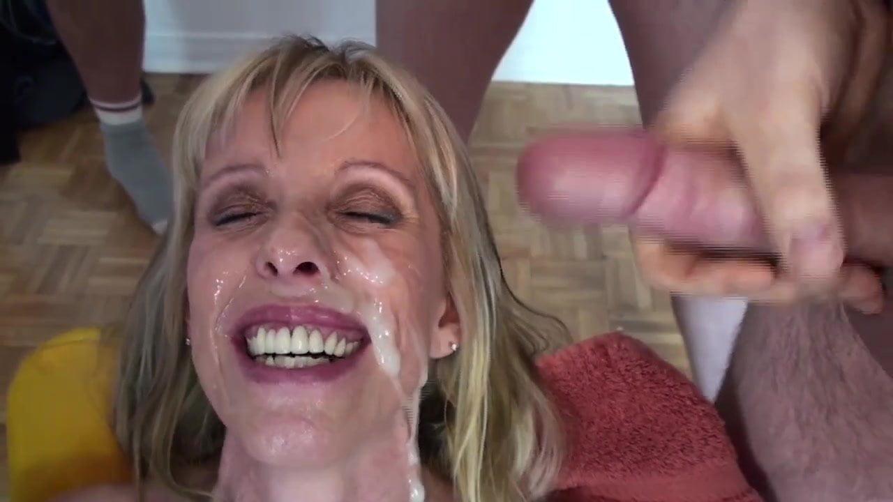 Bottom fetish spanking