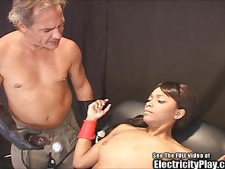 Tight Bod Dyke Bitch Zapped and Mouth Fucked