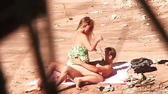 Hot amateur fucking at the beach