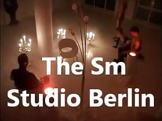 Porno por sms - The sm studio berlin