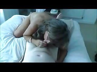 Mature Wife Gived BJ