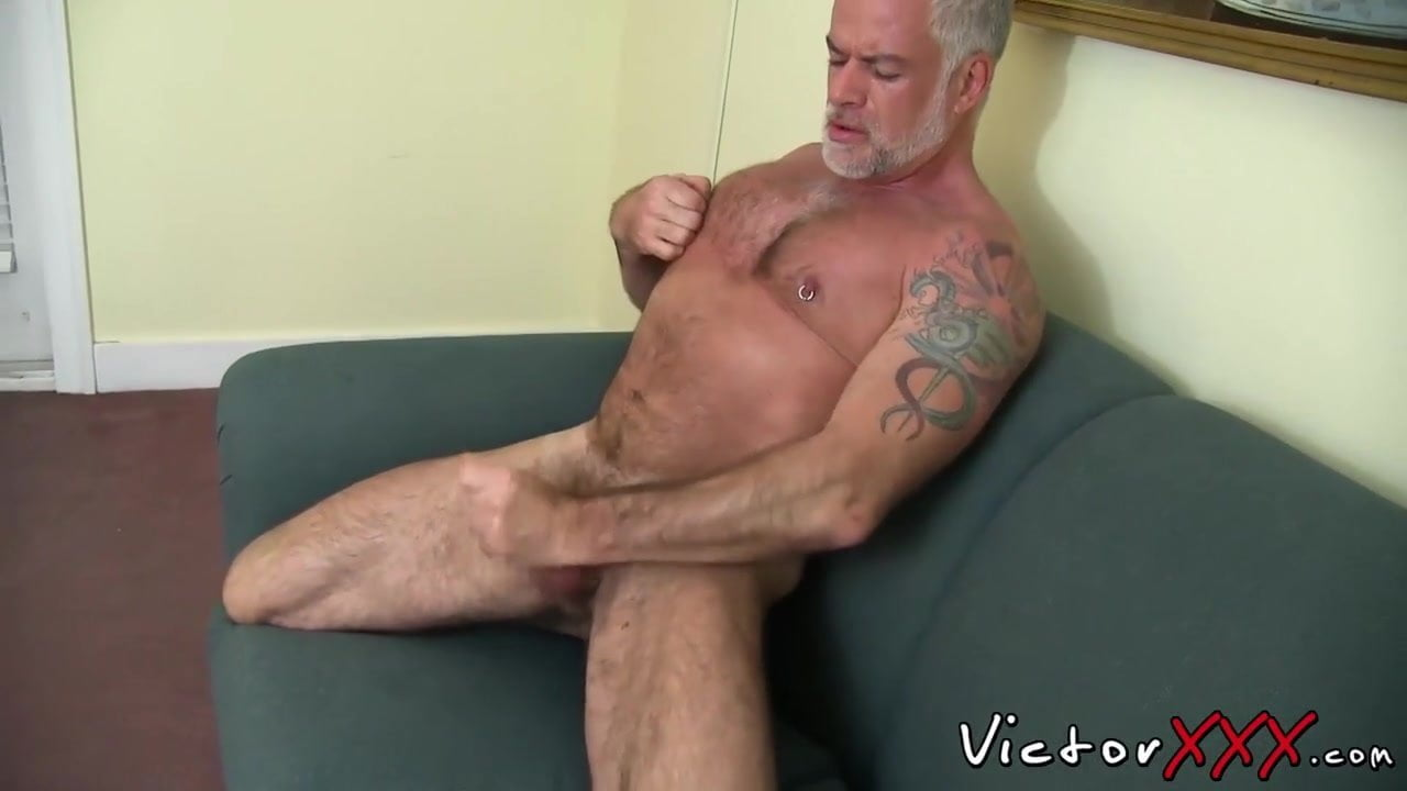 Hairy Daddy With Big Dick In Solo Action, Free Gay Porn B4-3284