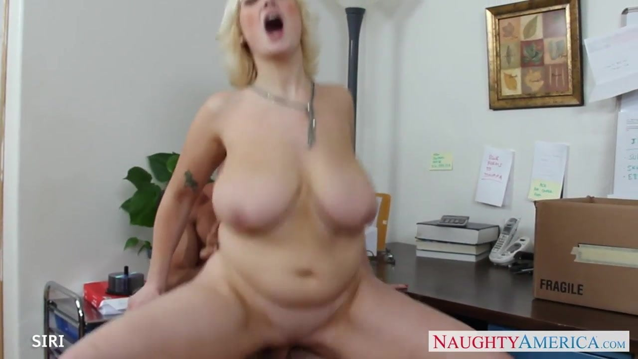 Threesome licked while fucked