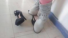 Boots crush heels 2's Thumb