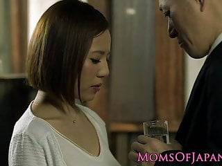 Download video bokep Busty japanese Ruri Saijou titfucking in tub Mp4 terbaru