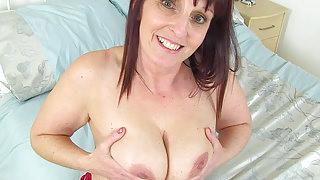 English milf Beau lets us enjoy her curvy body