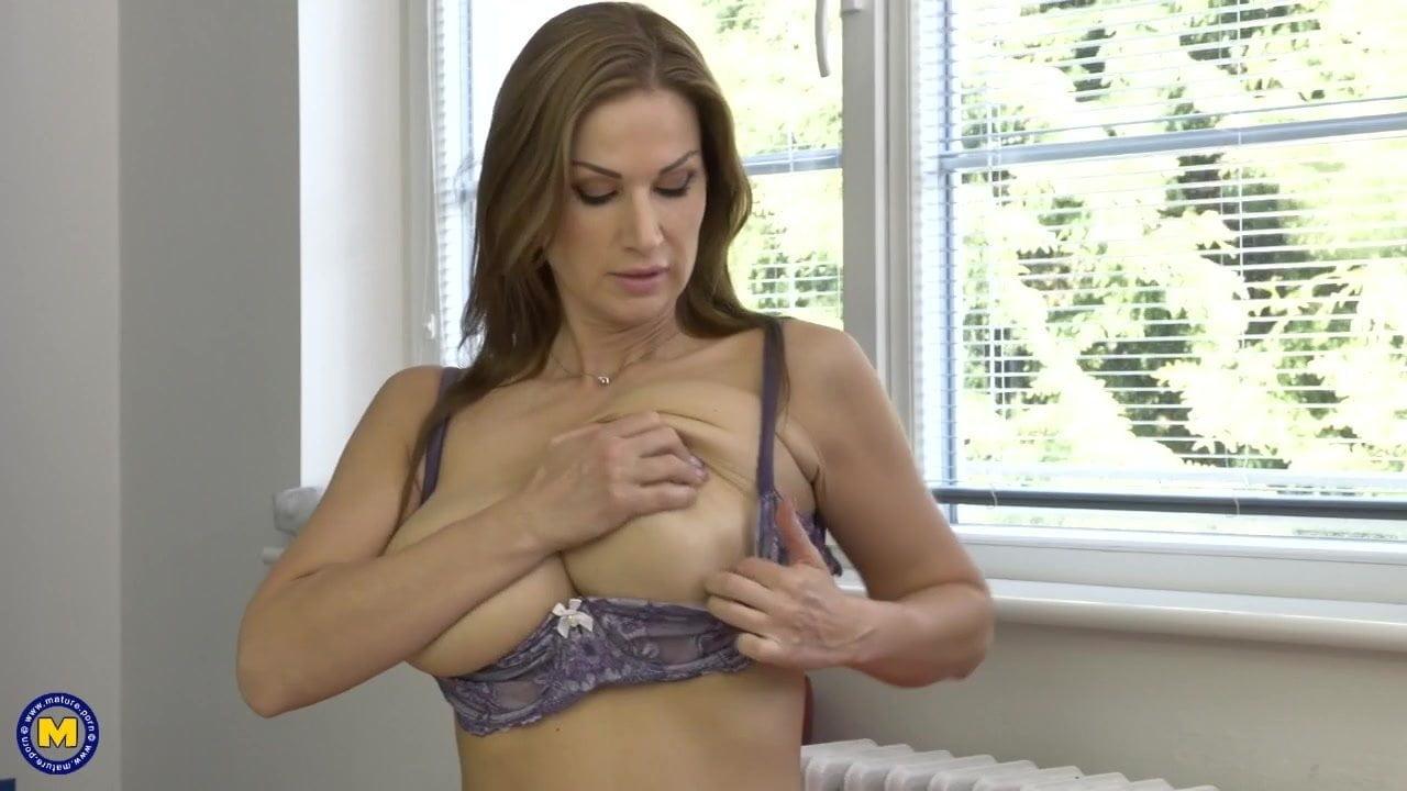 Perfect Mom Porn
