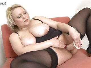 Sweet busty mature mom with hungry cunt