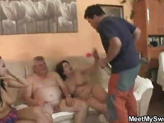BF finds his girl fucking his fam