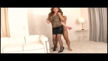 chubby-skirt-porn
