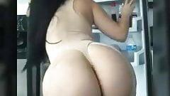 Big butt ladies.