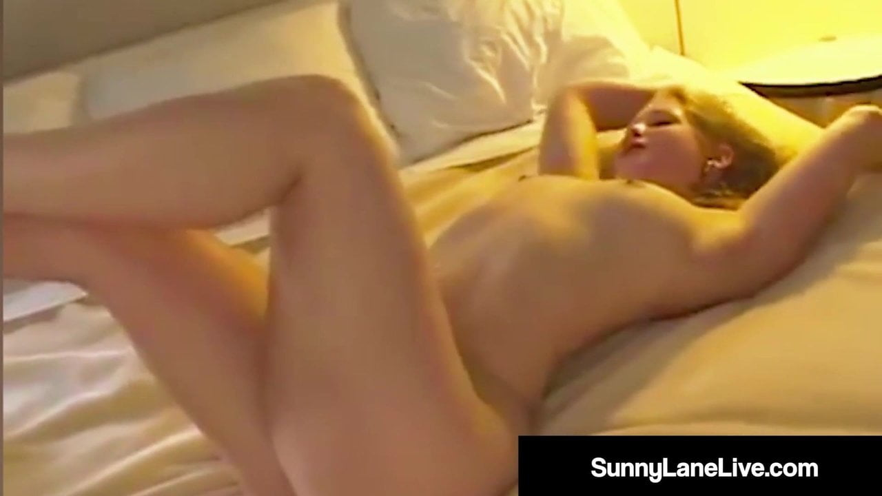 Adventurous Sunny Lane Fucks Random Asian Noodle!