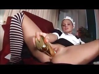 Hot wife Claudia punishes blonde maid Sharka