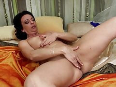 Lovely real lady and mom with hungry holes
