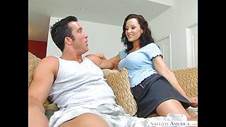 Big tits MILF Lisa Ann likes big dick! Naughty America