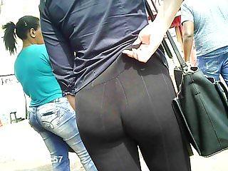calcinha atolada no rego (big ass panties entering) 093