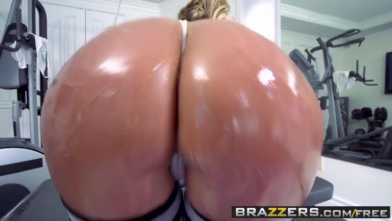 Brazzers - Big Wet Butts - Phoenix Marie Karlo Karerra Ramon