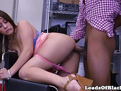 Bigbooty amateur BBC fucked at sex audition