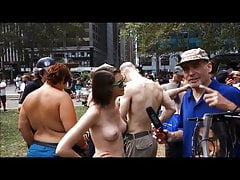 Tits out for strangers