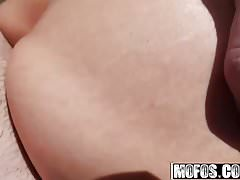 Suzy Rainbow - Hungarian Hottie Pounded Outdoors - Public Pi