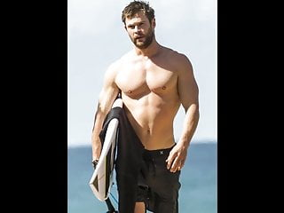 Chris Hemsworth porno gay