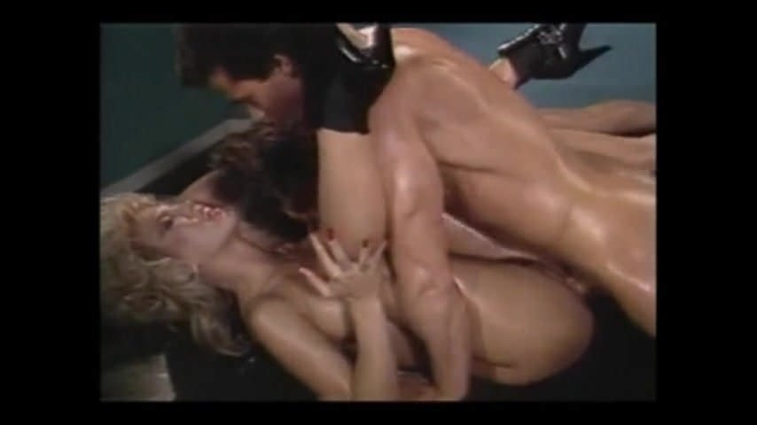 lynn Tiffany amber storm bath lesbian