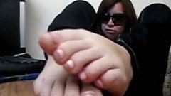Latina feet get cummed on