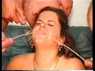 Fisted & Footed in Sofa, mouth Pissing & Facial