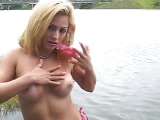 Sex In A Lake Any Outdoor