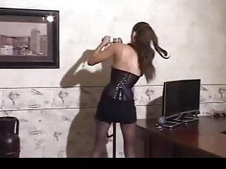 Download video bokep perfect wife metal stand semi hogtie Mp4 terbaru