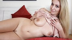 Hayley Marie Coppin JOI Red Li