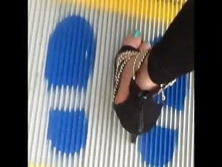 candid paki girls with sexy high heels on